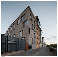 Housings to rehouse in the historical city of Pamplona | pereda Pérez arquitectos