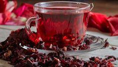 O Chá de hibisco se tornou um grande queridinho, muito utilizado principalmente por quem deseja emagrecer devido às suas propriedades muito propensas à perda de peso. Porém, o chá não serve apenas para emagrecer, ele também traz outros benefícios diversos à saúde, podendo ser consumido de várias maneiras. Confira!