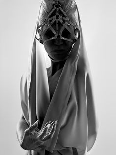 f-l-e-u-r-d-e-l-y-s: Photographer: Julien Palmilha Harness: Zana Bayne Dark Fashion, Fashion Art, Fashion Design, Gothic 3, Fetish Fashion, Tomboy Fashion, Philip Treacy, Headgear, Headdress
