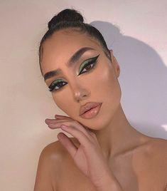 pretty makeup look Edgy Makeup, Baddie Makeup, Makeup Eye Looks, Creative Makeup Looks, Eye Makeup Art, Cute Makeup, Makeup Goals, Gorgeous Makeup, Pretty Makeup
