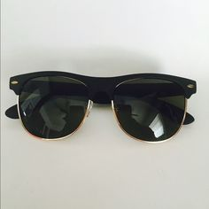Matte Clubmaster sunglasses Brand new!! No trades frame:black matte/ lens:black comes with dust bag. 100% uv protection not as listed Urban Outfitters Accessories Sunglasses