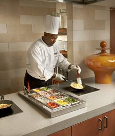 Omelet station at B'More Bistro inside the Embassy Suites Baltimore Downtown. Hotel Breakfast Buffet, Hotel Buffet, Brunch Buffet, Restaurant Kitchen Design, Restaurant Bar, Free Breakfast, Breakfast Time, Commercial Kitchen Equipment, Harbor Hotel