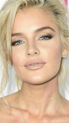Everyday Makeup Ideas For Beautiful Ladies Photos) – Inspired Beauty Alltägliche Make-up-I Natural Makeup For Blondes, Natural Makeup For Brown Eyes, Natural Makeup Looks, Blue Eye Makeup, Edgy Makeup, Matte Makeup, Perfect Makeup, Gorgeous Makeup, Pretty Makeup