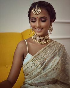 These Dusky Bridal Makeup Looks & Tips Are A Fresh Dose Of Inspirations - Wedding Outfit Indian Makeup Looks, Bridal Makeup Looks, Bridal Hair And Makeup, Bride Makeup, Girls Makeup, Bridal Looks, Indian Skin Makeup, Indian Makeup Natural, Indian Look