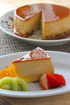 プリンケーキ Sweets Recipes, Baking Recipes, Cake Recipes, Spanish Flan Recipe, Custard Desserts, Japanese Sweets, Dessert Drinks, Yummy Cakes, Creme