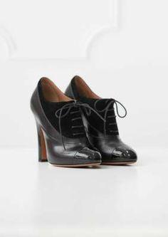 Alaïa Black Laced Shoe Boots