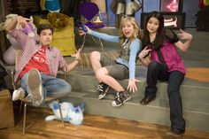 Jerry Trainor, Icarly And Victorious, Nathan Kress, Comedy Tv Series, Nickelodeon Shows, Sam And Cat, Miranda Cosgrove, Jennette Mccurdy, Old Shows