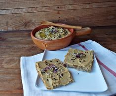 pate de mazare galbena (uscata)2 Cooking Recipes, Healthy Recipes, Vegan Breakfast Recipes, Raw Vegan, I Foods, Food And Drink, Cheese, Spreads, Dan