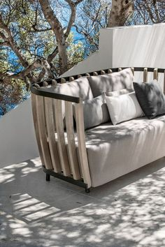 Modern Outdoor Furniture Collection by Ethimo - Design Milk Outdoor Sofa, Modern Outdoor Furniture, Farmhouse Furniture, Unique Furniture, Cheap Furniture, Rustic Furniture, Luxury Furniture, Futuristic Furniture, Outdoor Living