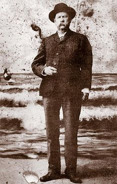 Virgil Earp taken after he left Tombstone, Arizona, his left arm hangs useless after being ambushed in December but fire still flashes in his eyes. He would go on to become a lawman in Nevada, Oregon and California. Virgil Earp, Old West Outlaws, Famous Outlaws, Old West Photos, Tombstone Arizona, Wyatt Earp, Into The West, American Frontier, Historical Images