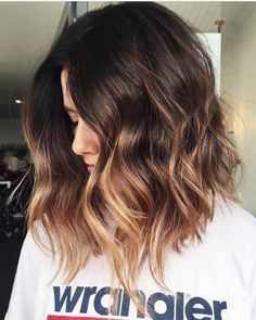 Balayage Ombre Hair Color Color Hair Idea for Short Hair, Hair Color Mauve Colors, Fall Hair Color Trend, Bob Hair Ladies Inverted Ombre Hair Color For Brunettes, Brunette Color, Hair Styles For Brunettes, Blonde For Brunettes, Makeup For Brunettes, Blonde Brunette, Best Ombre Hair, Brown Ombre Hair, Highlight Bob