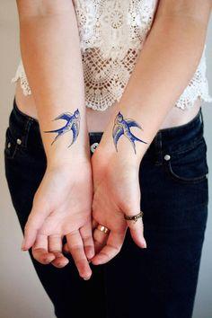 Floral and Retro Temporary Tattoos – Fubiz Media