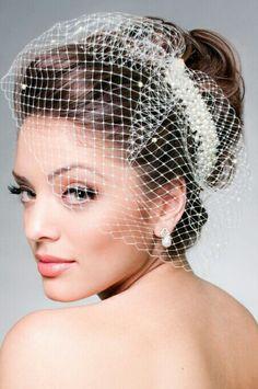 Net Birdcage Veil With Pearl Headpiece