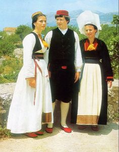 FolkCostume&Embroidery: Overview of the Folk Costumes of Europe, Croatia