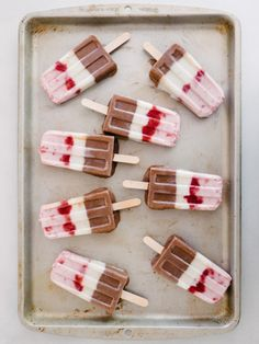 Love this fancy Neapolitan popsicle recipe!