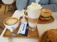 My little cozy blogcorner: Bagels bij Café Noisette.
