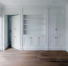 Top 50 Best Hidden Door Ideas - Secret Room Entrance Designs Discover a bit of fun and mystery with the top 50 best hidden door ideas. Explore entrances to secret rooms featuring hinged bookcases to walls and beyond. Design Entrée, Door Design, Design Ideas, Home Staging, Porte Diy, Bookcase Door, Mirror House, Hidden Rooms, Entrance Design