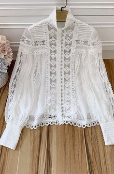 White Fashion, Boho Fashion, Fashion Dresses, Blouse Patterns, Blouse Designs, Blouse Sexy, Cute Wedding Dress, Pakistani Dress Design, Beautiful Blouses