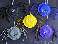 araignée en assiette de carton pour l'Halloween: