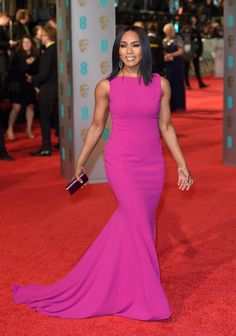 Angela Bassett Was On The Red Carpet This Weekend Looking Like A Bag Of Money And Good Genes