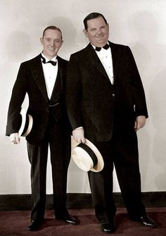 size: Photo: Stan Laurel, Oliver Hardy [Laurel and Hardy], C Early : Artists Hollywood Cinema, Hollywood Actor, Vintage Hollywood, Hollywood Stars, Classic Hollywood, Hollywood Icons, Laurel And Hardy, Stan Laurel Oliver Hardy, Great Comedies