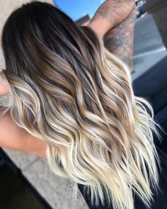 Balayage and ombre hair. Hair Color Ideas & Trends for Hairstyles hair ideas. Balayage and ombre hair. Hair Color Ideas & Trends for Stylish and attractive. Cabelo Ombre Hair, Balayage Hair Ombre, Long Ombre Hair, How To Ombre Your Hair, Balayage Hair Brunette With Blonde, Hair Bayalage, Balayage Color, Balayage Hair Brunette Long, Natural Ombre Hair
