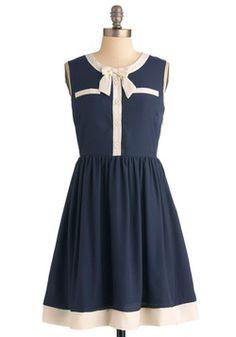 This is a dress that I feel like Rachel Berry would wear lol.