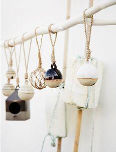 Glocken zum Hängen und Makramee Glaskugeln