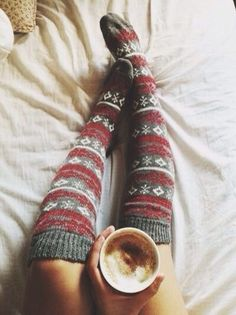 Knee high socks I would wear these with a cute gray skirt and some boots. I love these because they look super cozy, I love knee high socks and I love the pattern. Sweater Weather, Cozy Socks, Fluffy Socks, Thick Socks, Winter Mode, Knee High Socks, Mode Inspiration, Fashion Inspiration, Autumn Inspiration