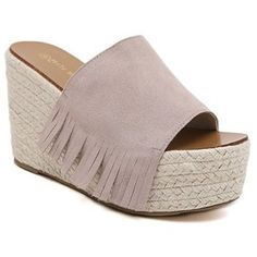 Stylish Women's Slippers With Fringe and Suede Design