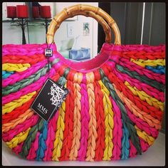 Love this bag for the summer!