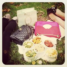A perfect picnic beneath the falling leaves with @Nicolette Mason in Central Park this afternoon Web Instagram User » Followgram
