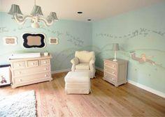 Um quarto lindo de um peuqueno príncipe !