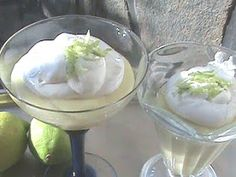 Barato y Rico: Suspiro Limeño Marshmallows, Flan, Food To Make, Panna Cotta, Icing, Cooking Recipes, Pudding, Meals, Desserts