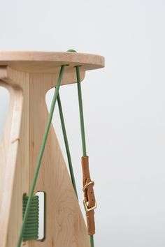 A stool, defines connection, Line attached from another. Design Furniture, Plywood Furniture, Diy Furniture, Furniture Inspiration, Design Inspiration, Home Office, Transforming Furniture, Yanko Design, Wood Detail