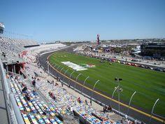 ✔ Daytona Speedway, Florida, USA