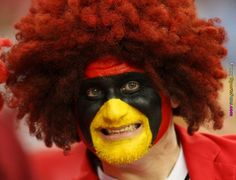 Funny & Crazy Sports Fans You Never Seen Before Images) Nfl Fantasy, Crazy Fans, Game Face, Sports Photos, Sports Humor, Funny Photos, Ronald Mcdonald, Photo And Video, Disappointment