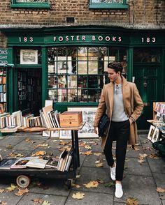 Life • Style • Travel 25, 5'11, Libra //: London Email: Gallastylist@gmail.com (New blogpost)