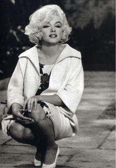 marilyn, an original curvy girl.