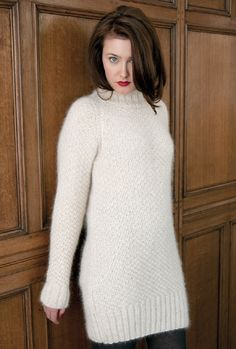 MADDY Cosy a-line sweater / Quirky book