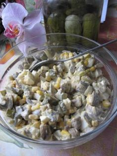 Sałatka+pieczarkowa:+<br+/> Appetizer Salads, Appetizer Recipes, Salad Recipes, Appetizers, Polish Recipes, Polish Food, I Foods, Hamburger, Oatmeal