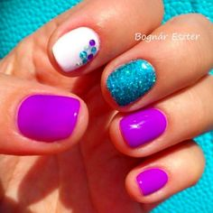 Summer Nails We love these summer nails! I want that blue! We love these summer nails! I want that blue! Get Nails, Fancy Nails, Trendy Nails, Love Nails, How To Do Nails, Hair And Nails, Uñas Fashion, Fru Fru, Manicure E Pedicure