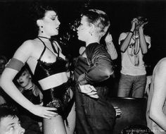 Siouxsie Sioux and Debbie Juvenile, 1970s●○●パンクスタイル