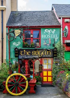 With our location based app, you can send messages to Killarney and ask locals for the best hostel to stay at. www.gobblebox.com
