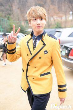 Jungkook With Blonde Hair Yes Please Bangtan Pinterest Bts