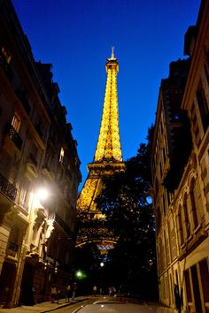 Tips for visiting the city of lights - The Eiffel Tower
