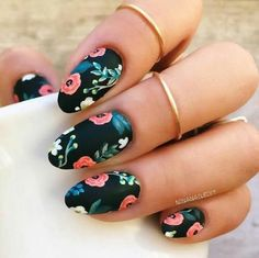 Floral nail arts