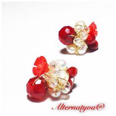 Broqueles en coral, perlas y cristales