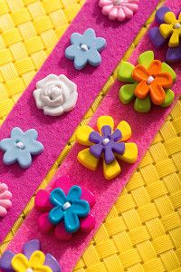 Creative Company | Buttons, felt Creative Company, Craft Projects, Felt, Kids Rugs, Buttons, Spring, Crafts, Decor, Dekoration