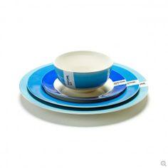 Tableware by Pantone | www.lovethesign.com/eu